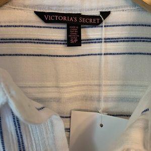 Victoria's Secret Tops - 3/$25 Victoria's Secret Button Down Shirt